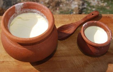 Adding Salt in Curd: Good or Bad for Your Health?