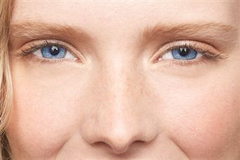 Useful Eye Care Tips for Computer Users at Home