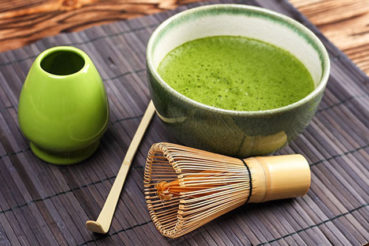 Using Matcha Green Tea Powder as an Alternative Remedy