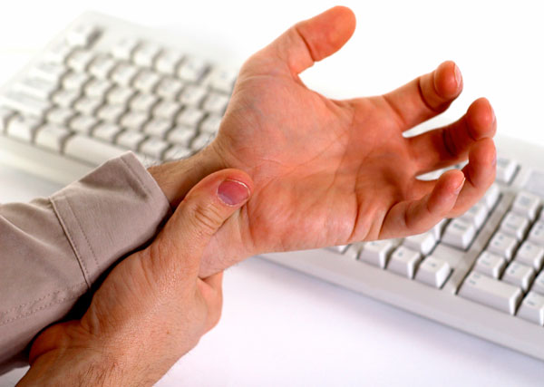 How to Prevent Repetitive Strain Injury when Using a Computer